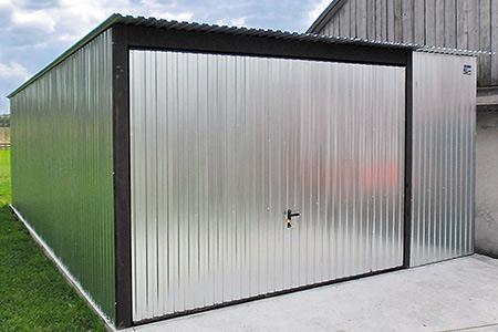 Garaże 3x5, 4x6 z dachem jednospadowym brama uchylna